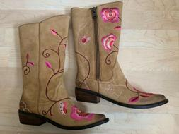 New Lucky Brand Camel Embroidered Flowers Cowboy Boots Sz 6.