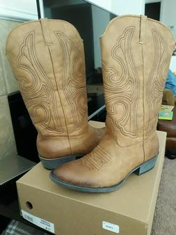 NIB Cowgirl/Cowboy boots size 10M Coconuts By Matisse Legend